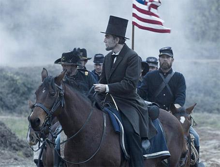 """Une scène du film """"Lincoln"""": """"Crédit photos: Telerama.fr"""""""